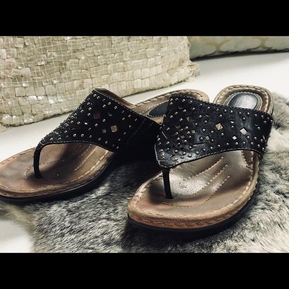 72a8f7331e Clarks Shoes   Artisan Sandals Sz 10m Black   Poshmark